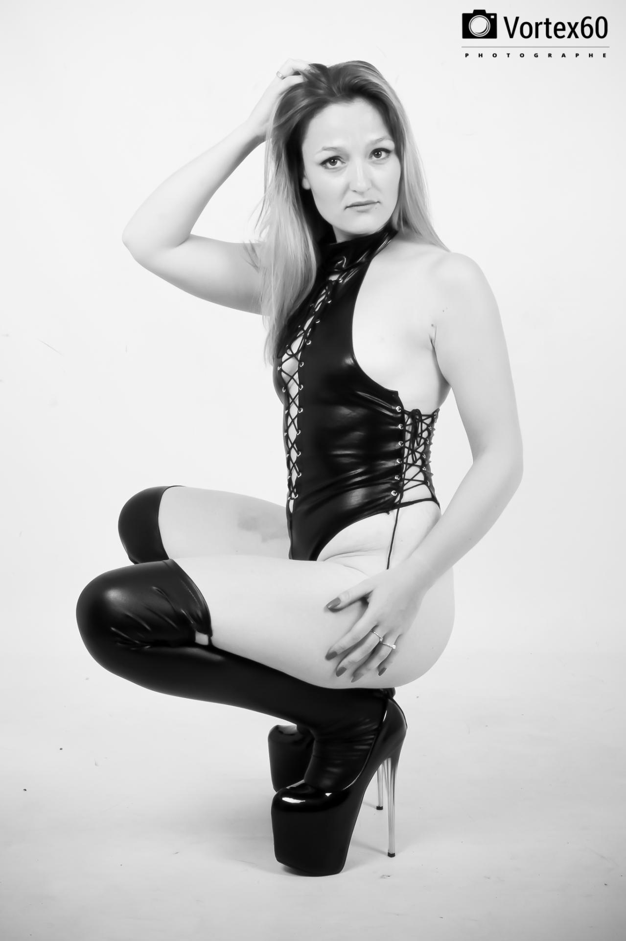 Loanne Mélissa Hasbrouck en mode dominatrice by vortex60 Photographe