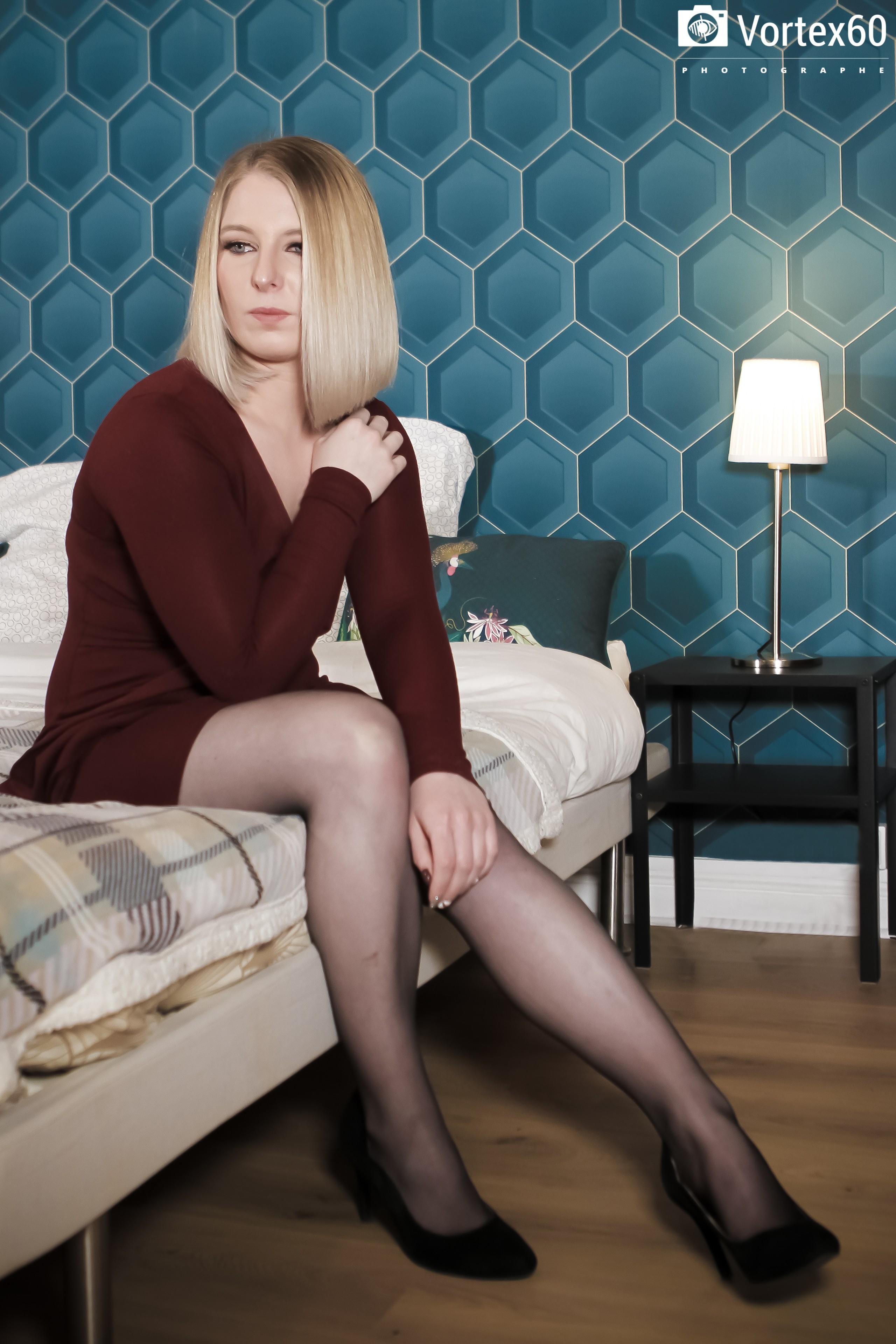 At Home - Jennifer .B  by Vortex60 Photographe