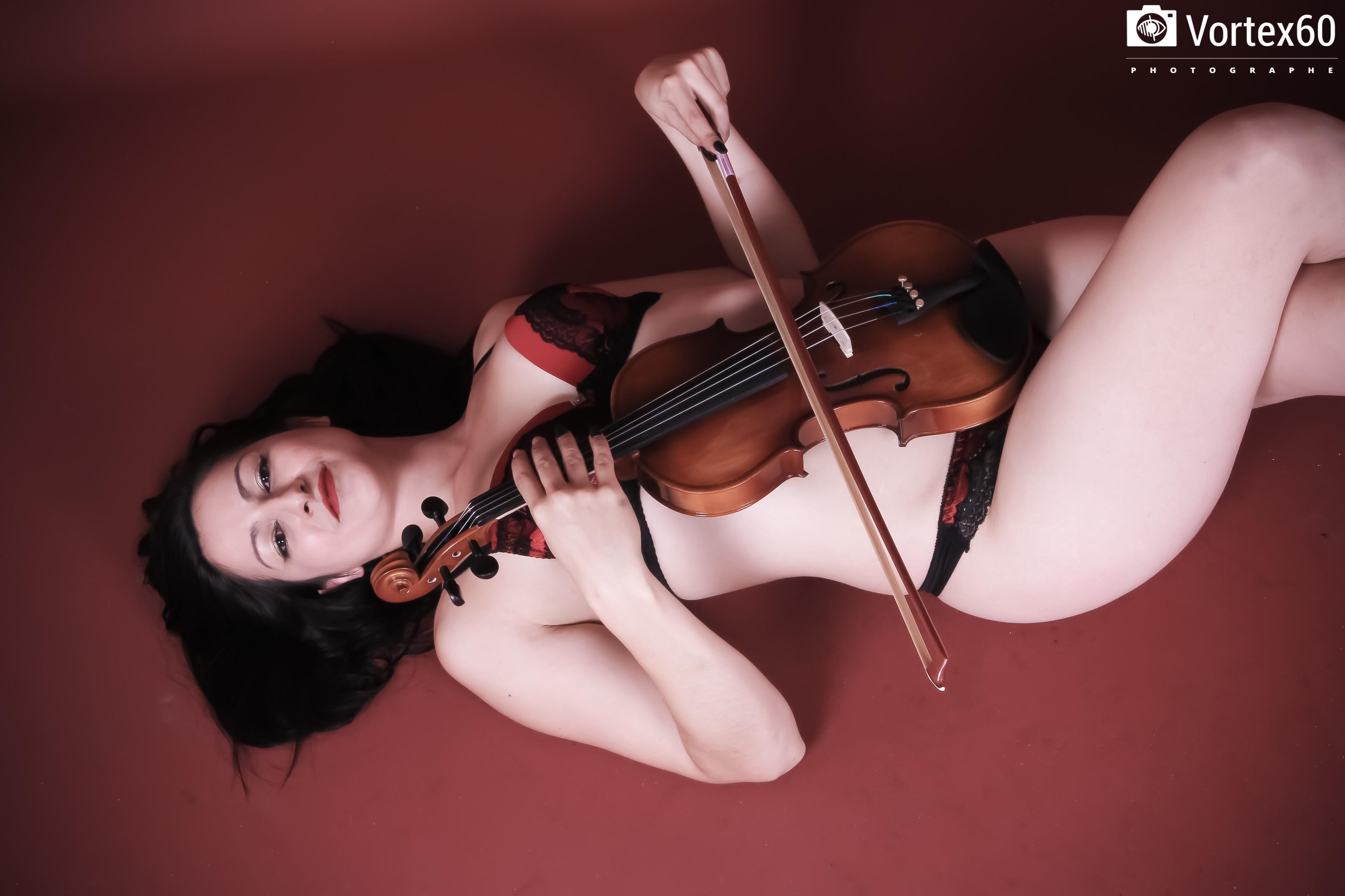 Joueuse de violon - Pascaline .L By Vortex60 Photographe